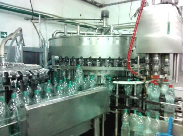 Bottling line for filling soft drinks in PET 1.5 l., 6000 bottle/hour