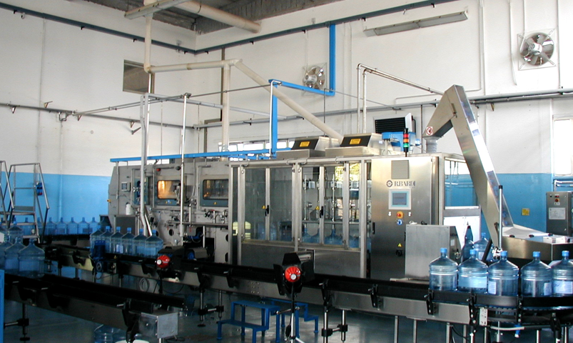 HEUFT TORNADO W - Этикетировочная машина на жидком клее
